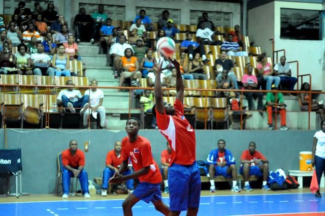 Evander Blijden of Dutch Saint Marrten sets against Antigua & Barbado