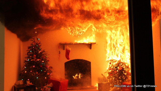 Christmas Tree On Fire.Preventing Tree Fires This 2017 Holiday Season 721news Com